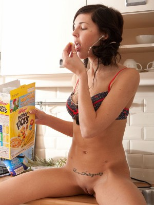abby winters naked wii playing